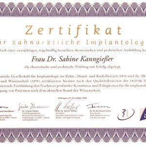 Certificate for dental implantology